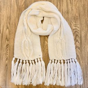 Garage Cable Knit Fringed Scarf